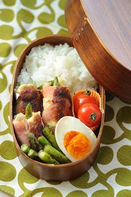 Lunch Box Asperge et Bacon facon Bento