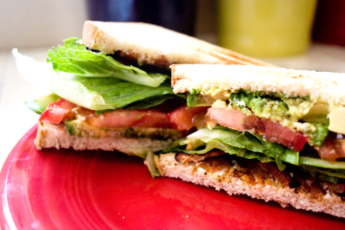 Lunch-Box-BLT