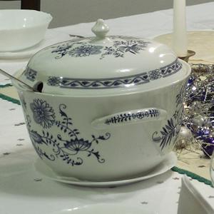 soupière vaisselle peinte
