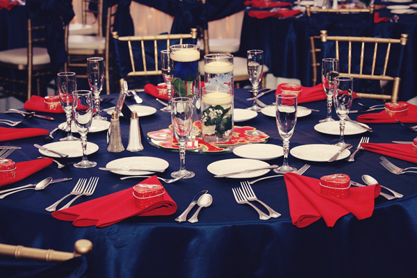 table bleu rouge