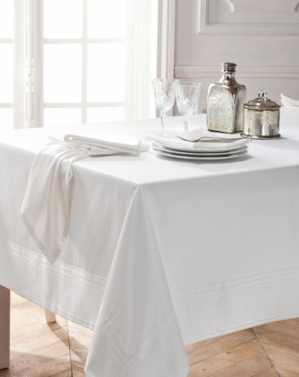 nappe-chic-blanche