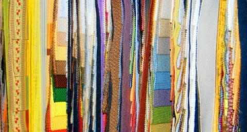 Jamais faire tapisserie n'a été aussi tendance !
