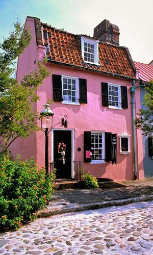facade maison rose