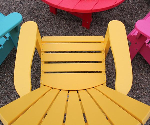 mobilier coloré extérieur